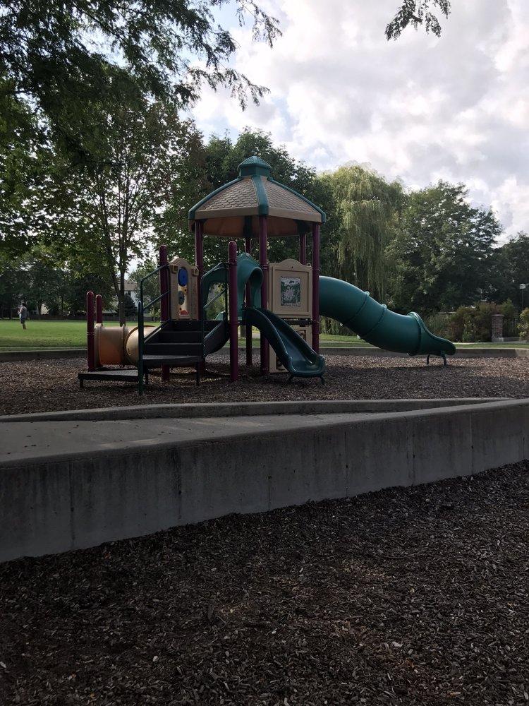 Willow Springs Park: 5685 Wistful Vista Dr, West Des Moines, IA