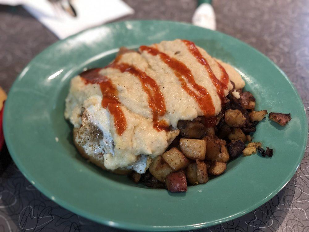 The Friendly Toast - Burlington: 75 Middlesex Turnpike, Burlington, MA