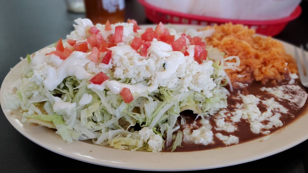Mi Casa Taqueria: 200 W Louisiana Ave, Ruston, LA