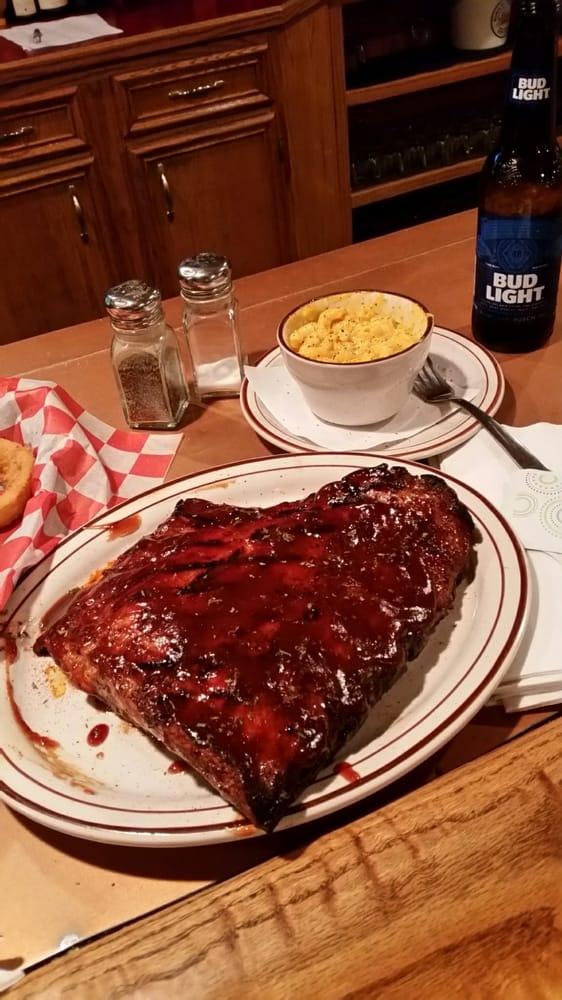 Grandview Tavern: 371 Grandview Rd, Lake Milton, OH