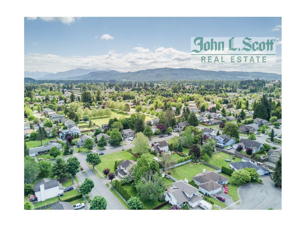 John L Scott Real Estate - The Bray Team Dave and Kristie | 19480 State Route 2, Monroe, WA, 98272 | +1 (360) 851-1210