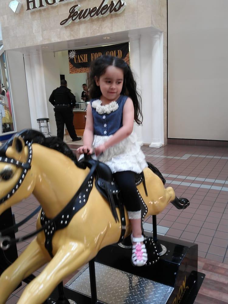 Southland Mall 113 Photos 239 Reviews Shopping Centres 1 Southland Mall Dr Hayward Ca