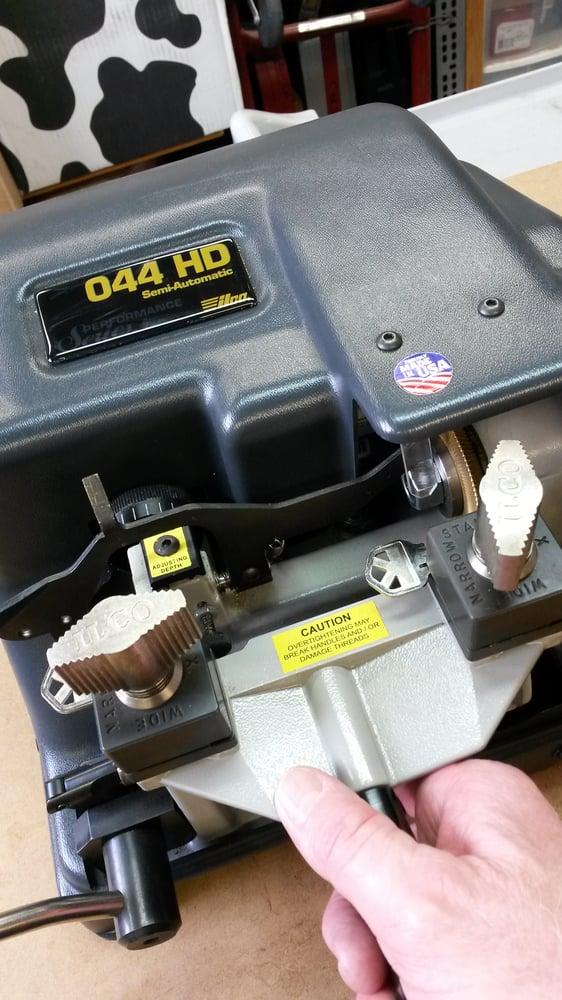B & R Locksmithing: Mechanicsburg, PA