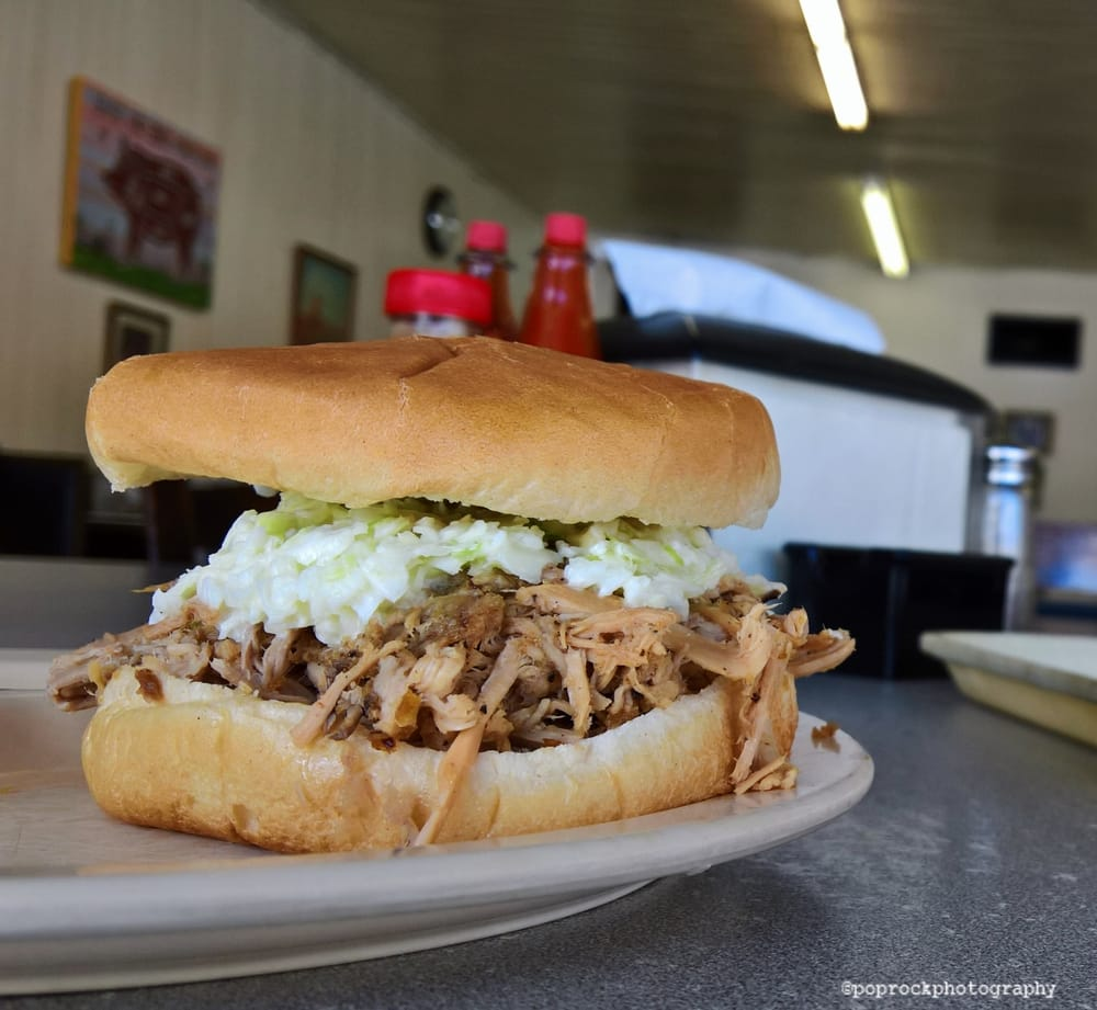 Bum's Restaurant: 566 3rd St, Ayden, NC