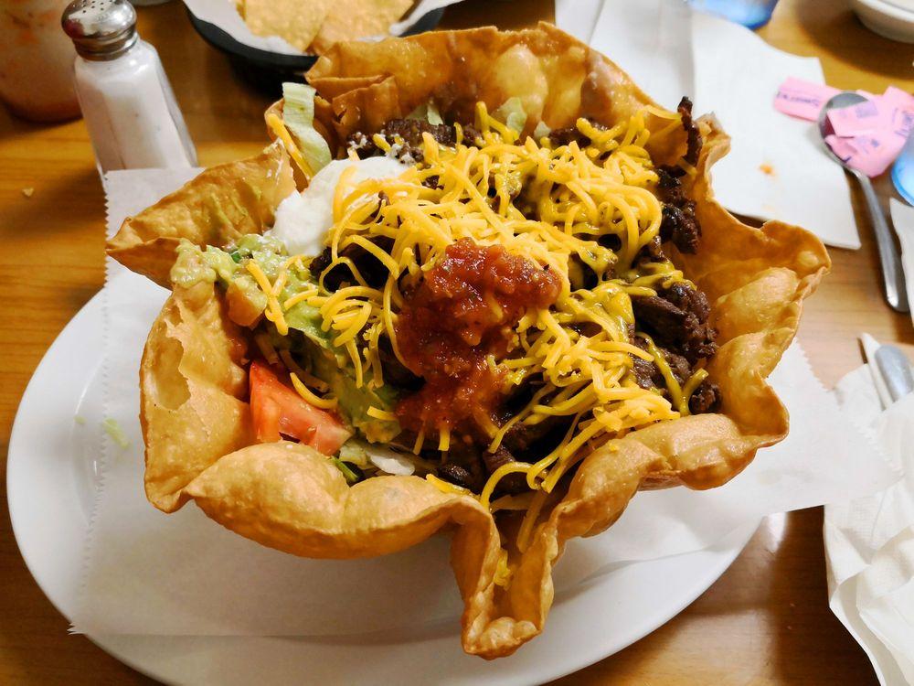 El Dorado Restaurant: 704 N 14th St, Kingsville, TX