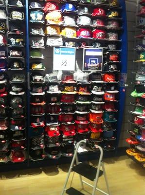 080e33e61 Lids 1 Stoneridge Mall Rd Pleasanton