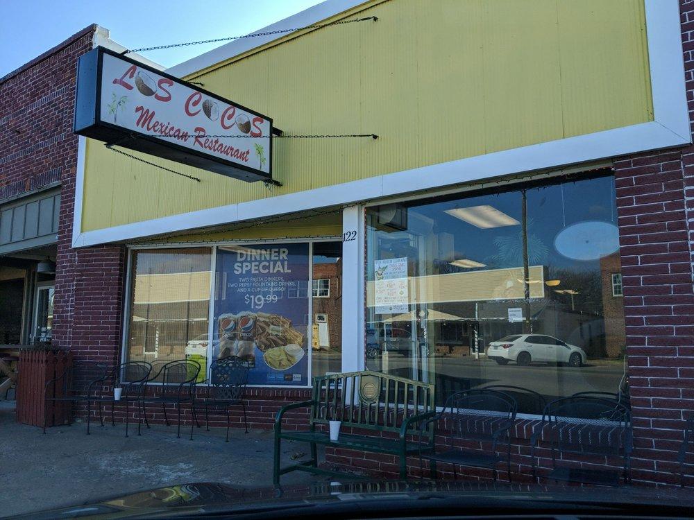 Los Cocos: 122 W Ferry St, Salina, OK