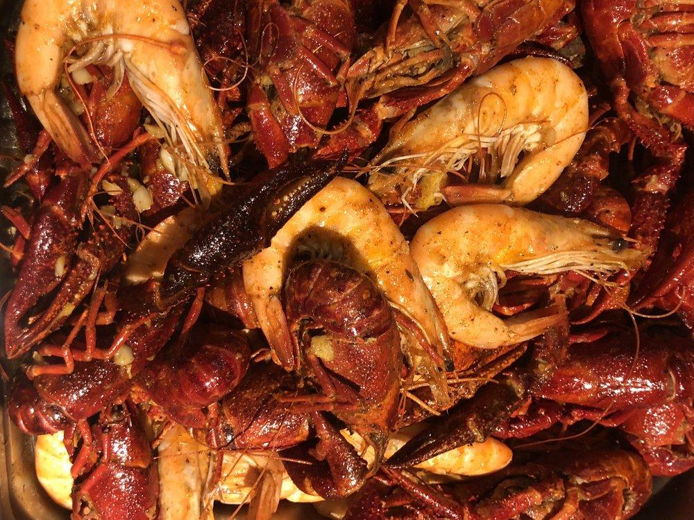 Food from Juicy Cajun Seafood