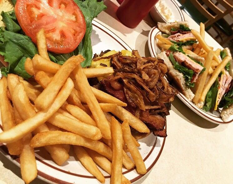 Berger's Family Restaurant: 6387 Westside Saginaw Rd, Bay City, MI