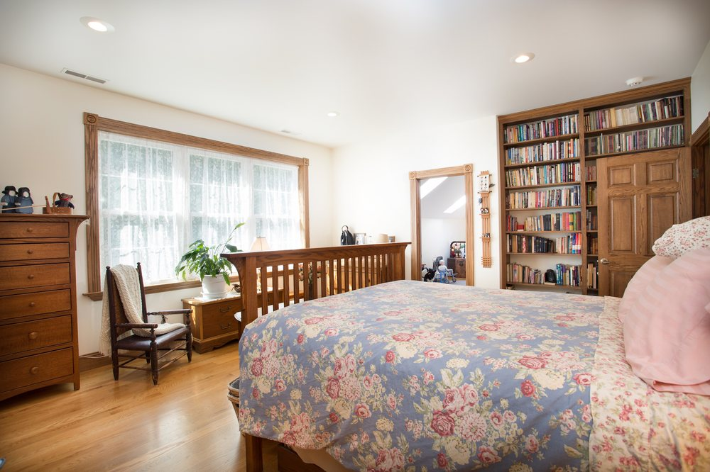Luftberg Farm Bed and Breakfast: 6600 Bunkerhill South Rd, Butler, OH