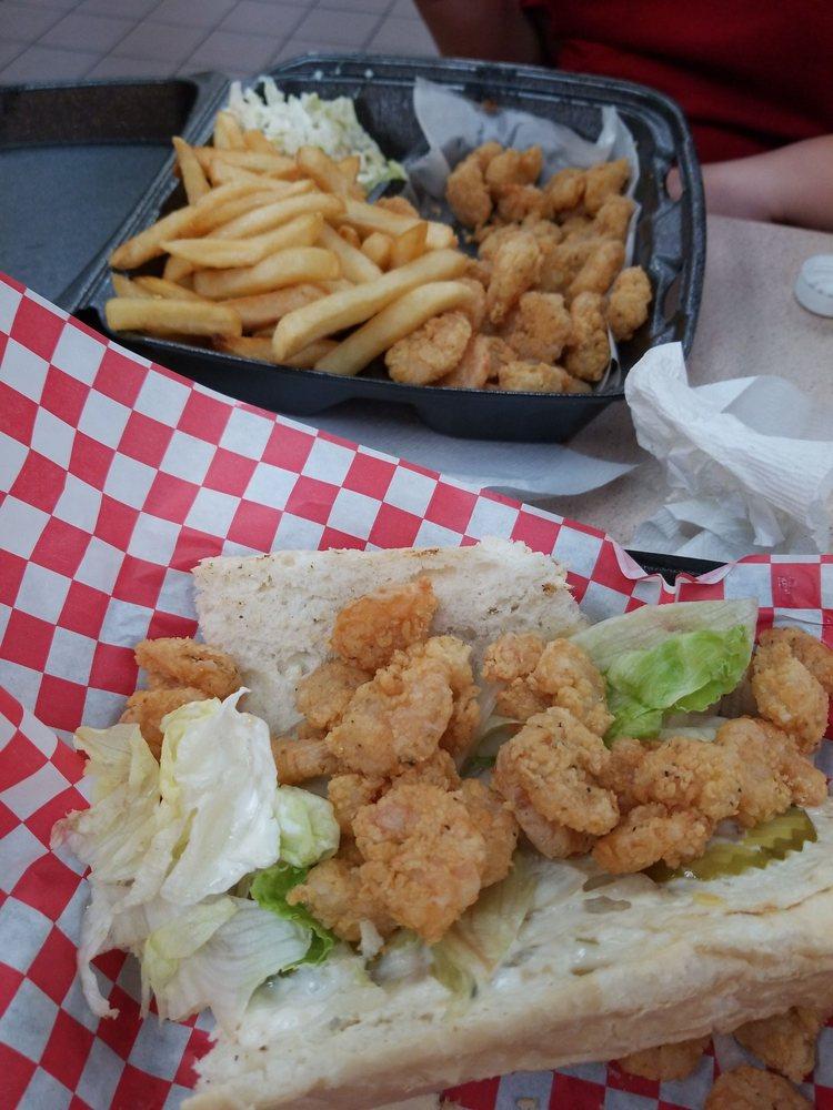 Sportsman Fish & Grill: 1598 Carter St, Vidalia, LA