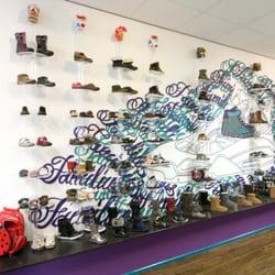 Kinderschoenen Amsterdam.Familius Kinderschoenen Schoenenwinkels Heemstedestraat 40