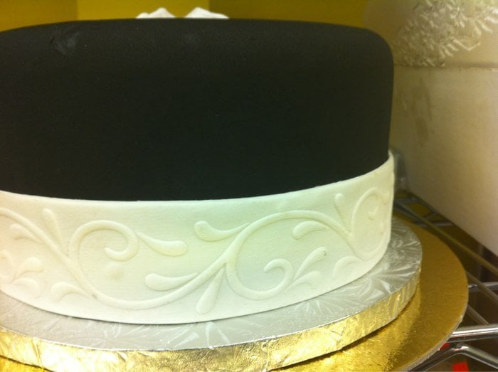 how to use premade fondant