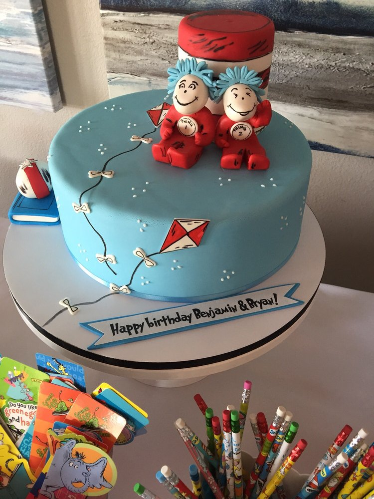 Thing 1 And Thing 2 Birthday Cake Im Sad I Didnt Have Any Left To