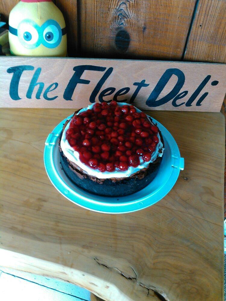 The Fleet Deli: 735 3rd St SE, Bandon, OR