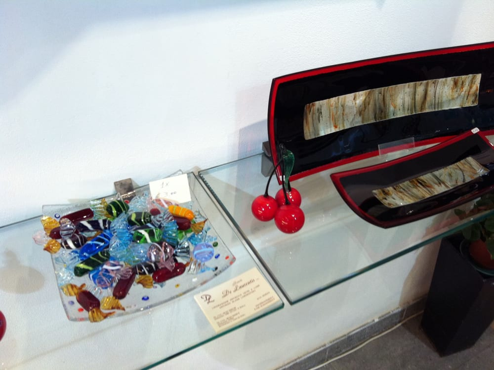 De Laurentis Glass