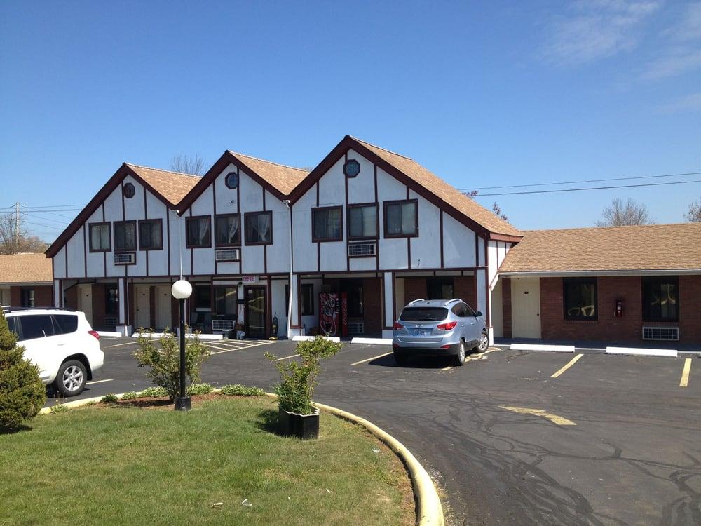 LampLighter Motel: E Main St 231, Lincoln, NE