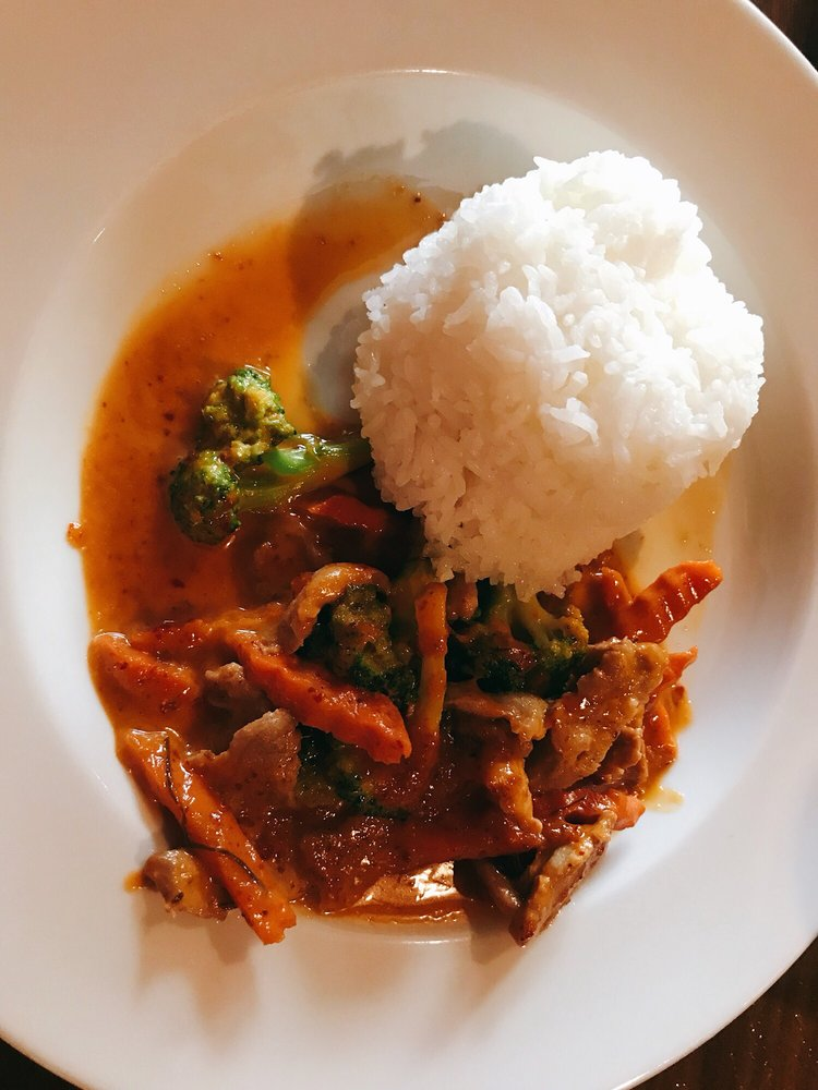Chon Thai Restaurant: 219 Trade St, Greer, SC