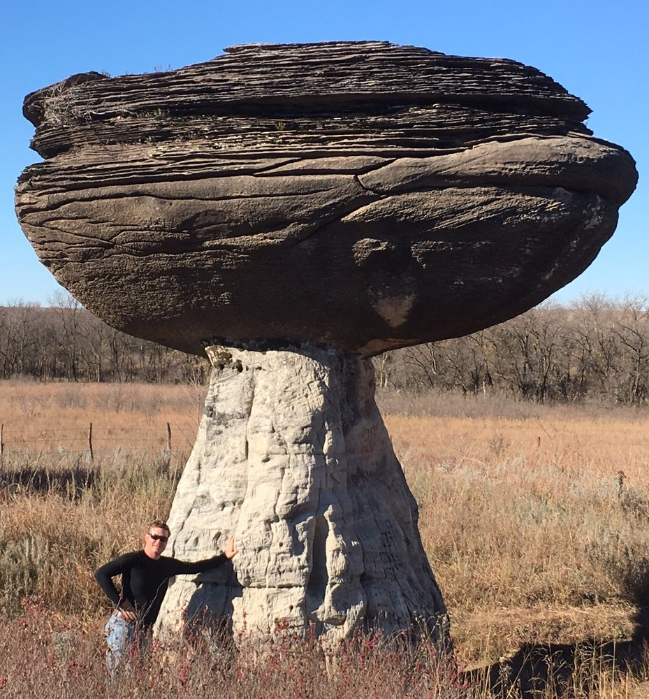 Mushroom Rock State Park: 200 Horsethief Rd, Marquette, KS