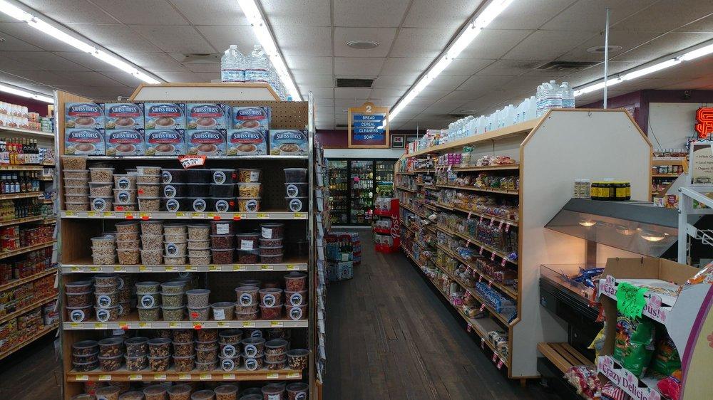 Mount Shasta Super Market: 112 E Alma St, Mount Shasta, CA