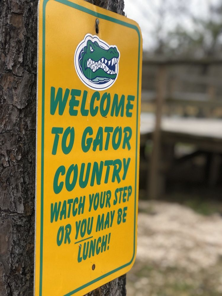 Gator Country: 21159 Fm 365 Rd, Beaumont, TX