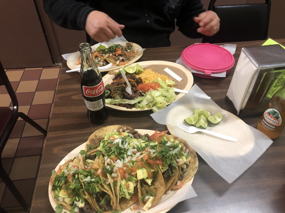 El Olmito: 502 Mulberry Ave, Muscatine, IA