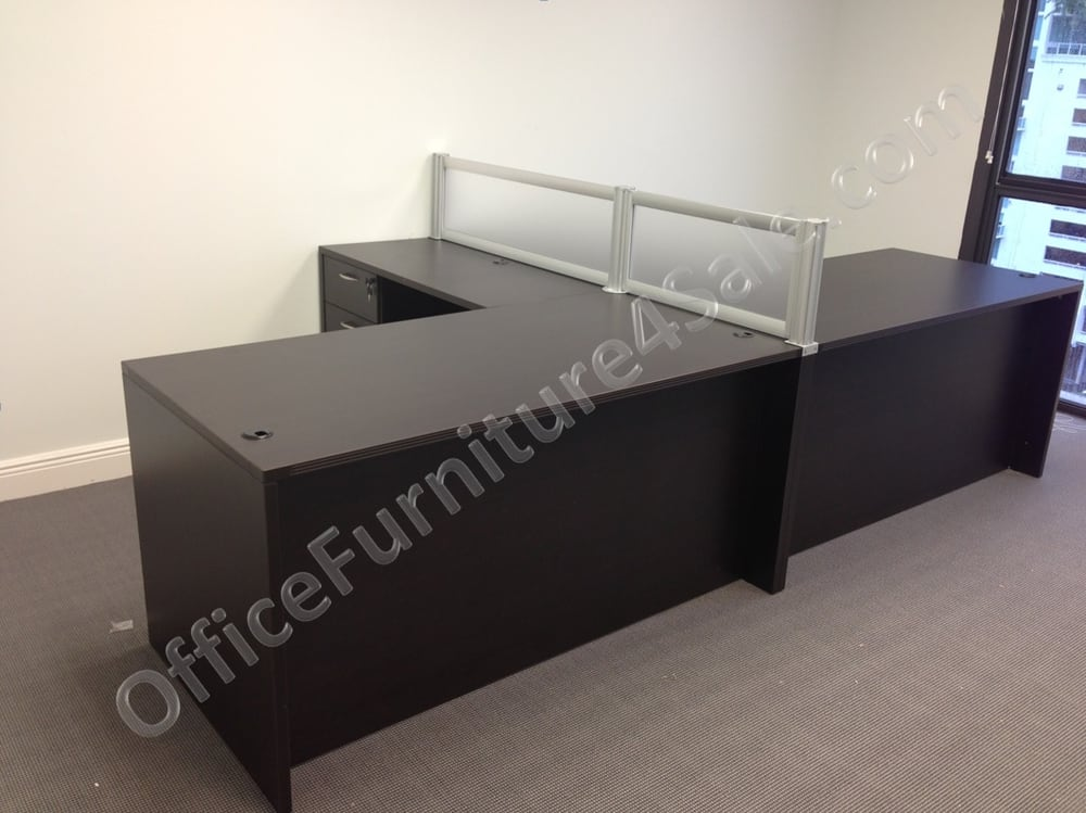 60W X 72D L Desks With Frosted Panel Partition