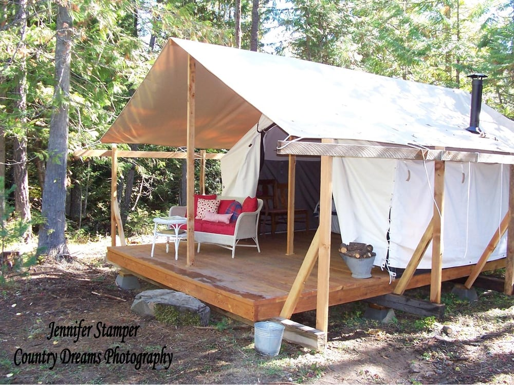 Huckleberry tent and breakfast bed breakfast 180 for Tent cottage