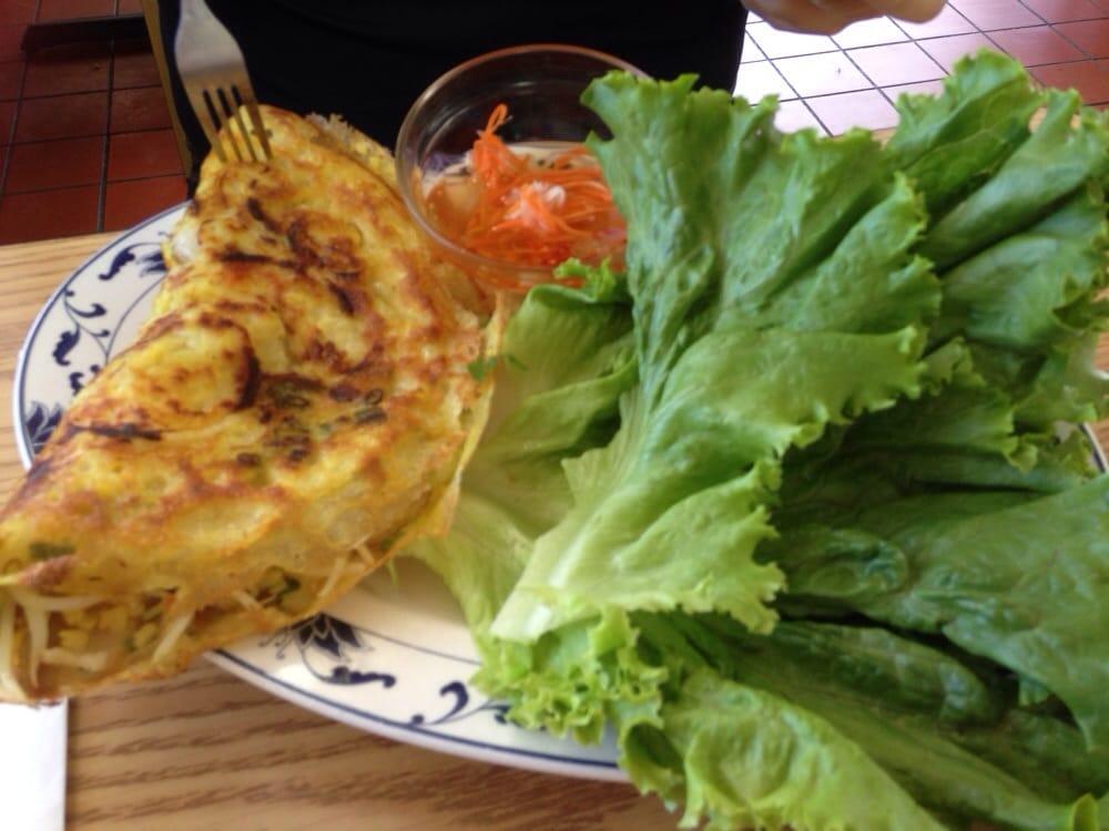 Bun Xeo Vietnamese Pancake Eat It Wrapped In Lettuce