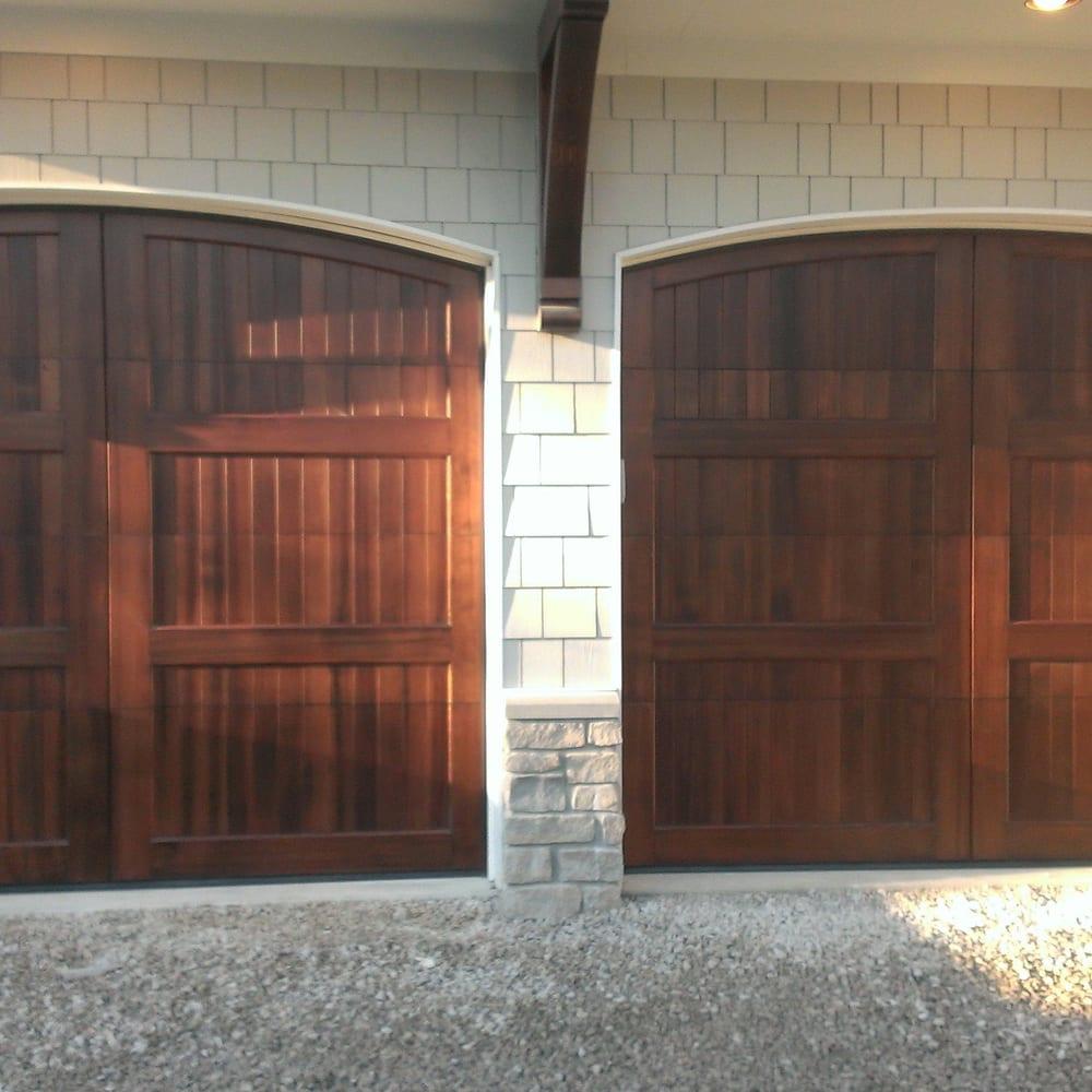Crawford Garage Door: 560 Pearl Rd, Brunswick, OH