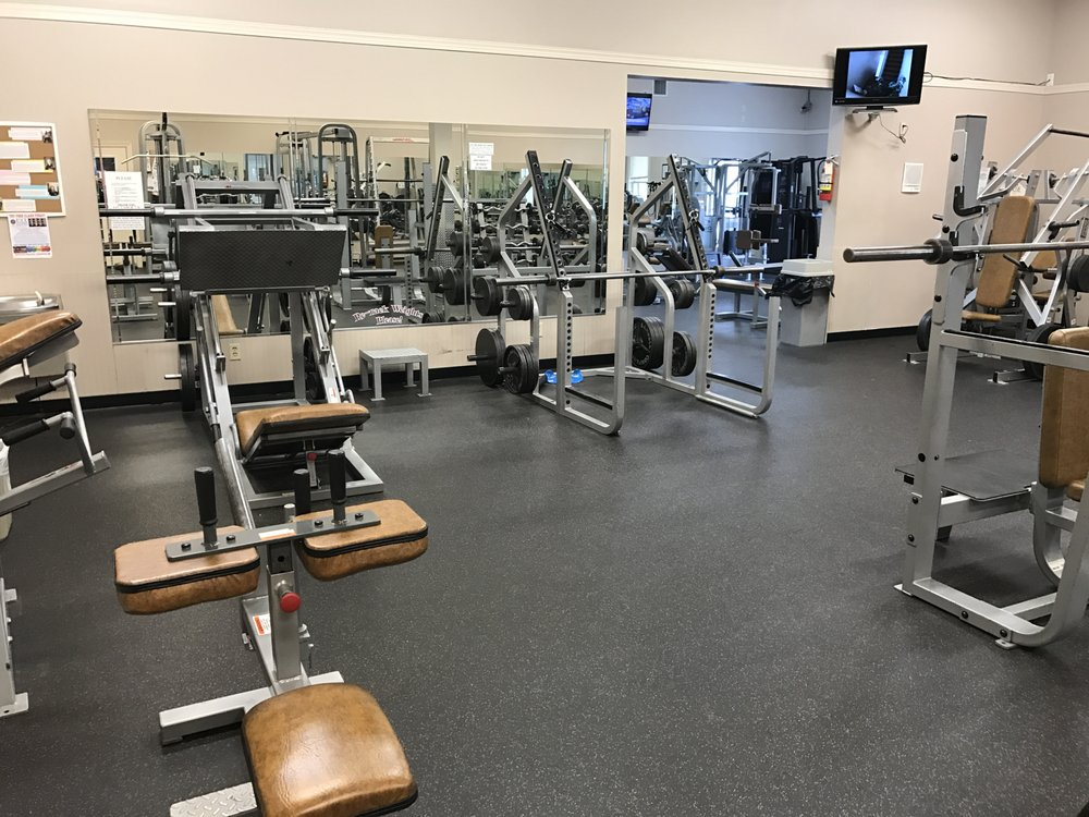 Bridgewater 24/7 Family Fitness: 630 N Main St, Bridgewater, VA
