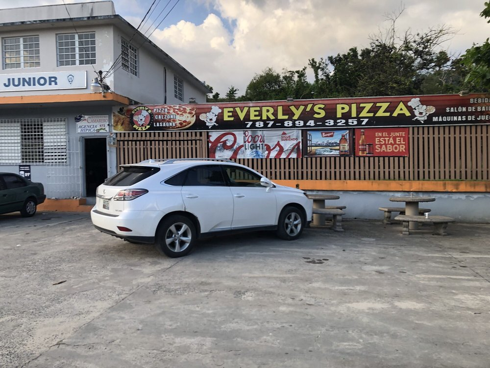 Everly's Pizza: Av. Mayor Fernando L. Ribas Dominicci S/N, Utuado, PR