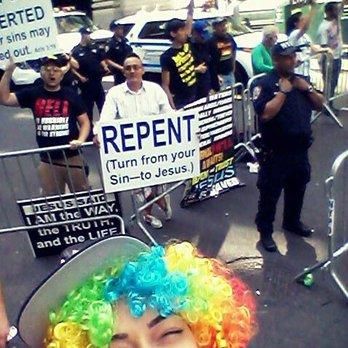 ass parade galleries Lesbian