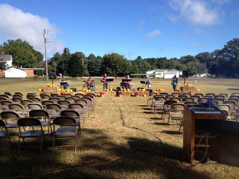 Union View Baptist Church: 13 S Chavis St, Franklinton, NC