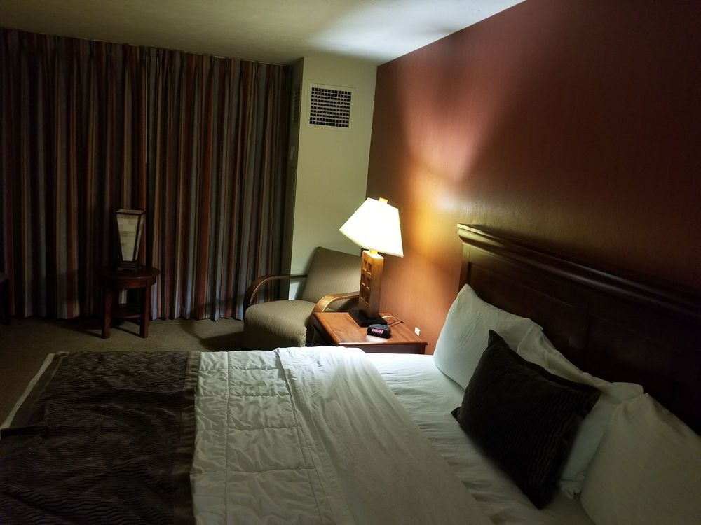 Meskwaki Bingo Casino Hotel: 1504 305th St, Tama, IA