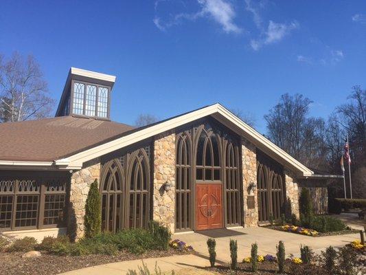 St Thomas Aquinas Catholic Church - Churches - 535 Rucker Rd