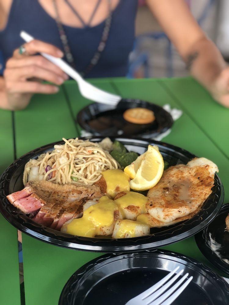 Dunedin Fish Market & Olde Bay Cafe: 51 Main St, Dunedin, FL