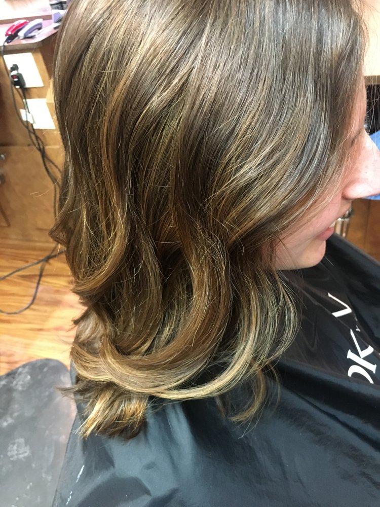 Do And Dye Salon 10 Photos Hair Salons 13805 W Captiol Dr