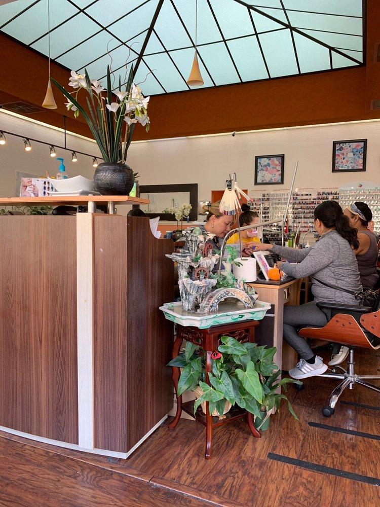 La Spa Nails: 1371 E 14th St, San Leandro, CA