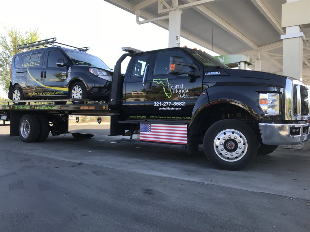 Towing business in DeLand, FL