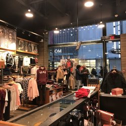 vans boutique montreal