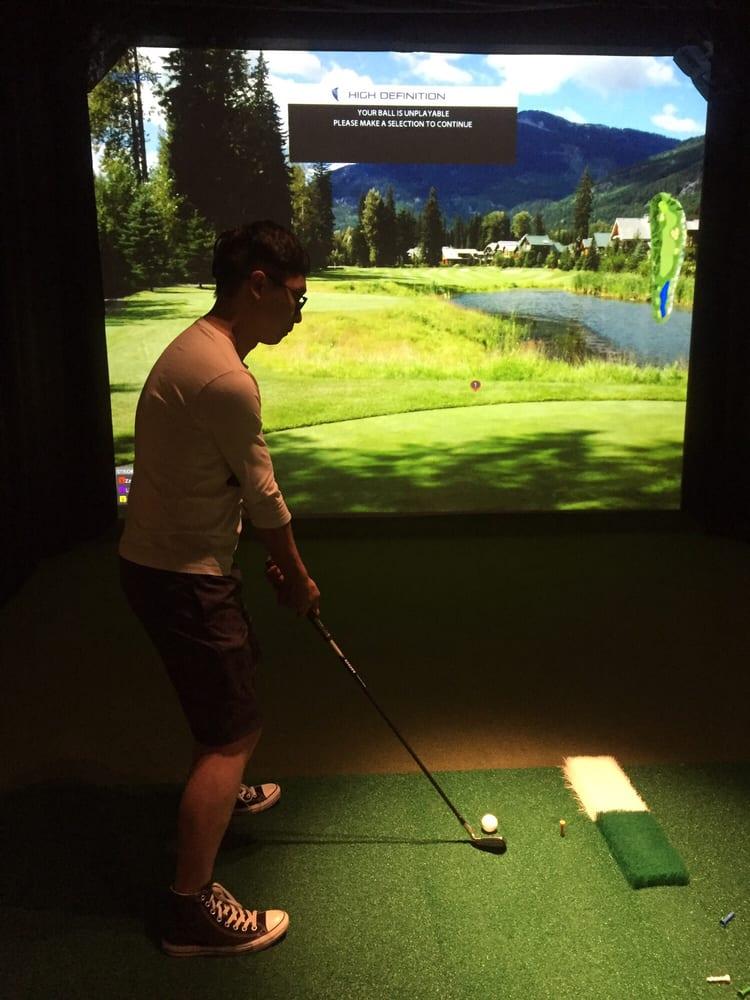 Greenside Indoor Golf: 340 Washington Ave, Huntington, WV