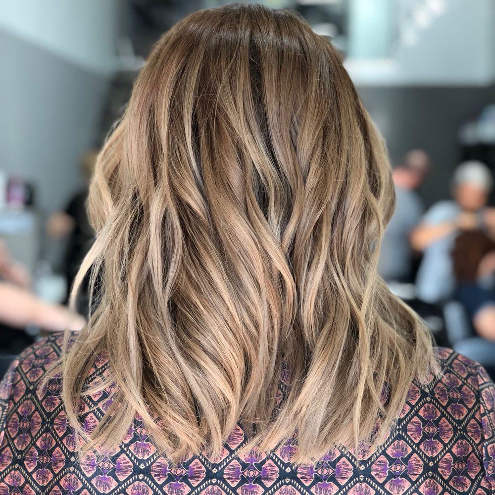 Salon De La V 143 Photos 54 Reviews Hair Salons 234 12 N