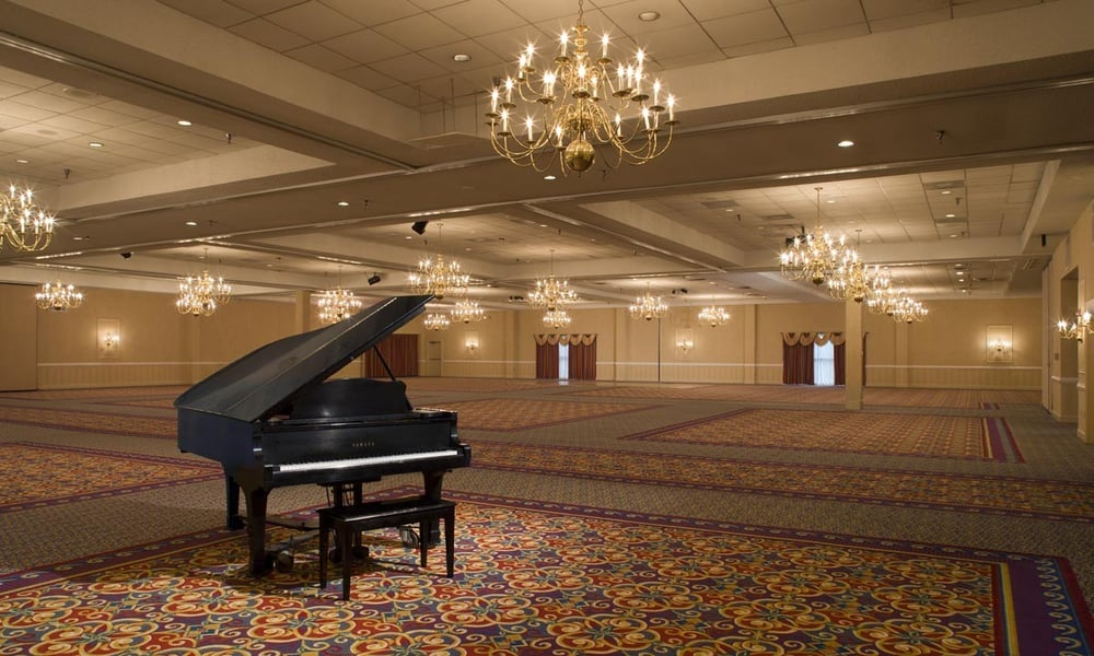 the williamsburg hotel conference center closed 16. Black Bedroom Furniture Sets. Home Design Ideas