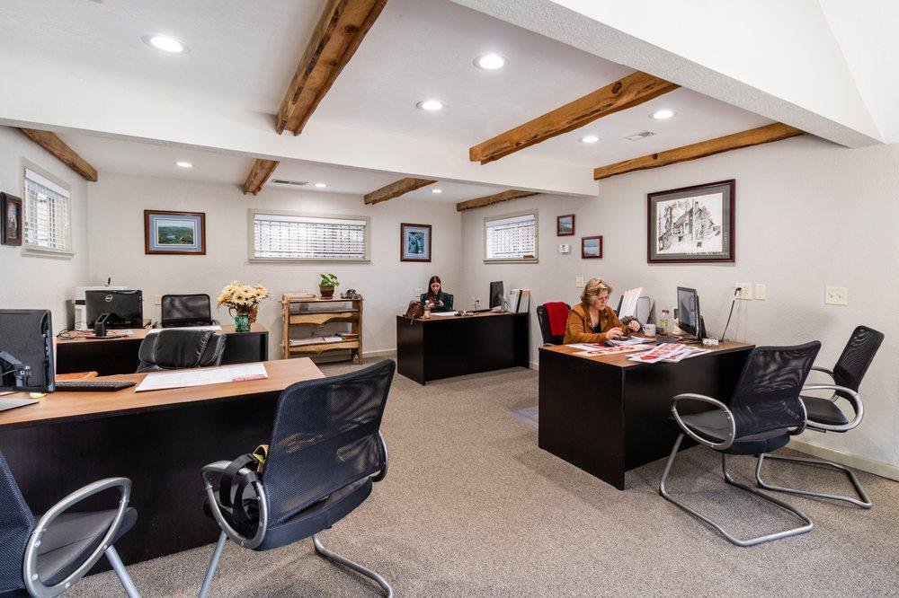 Crestline Real Estate: 23570 Knapps Cutoff, Crestline, CA