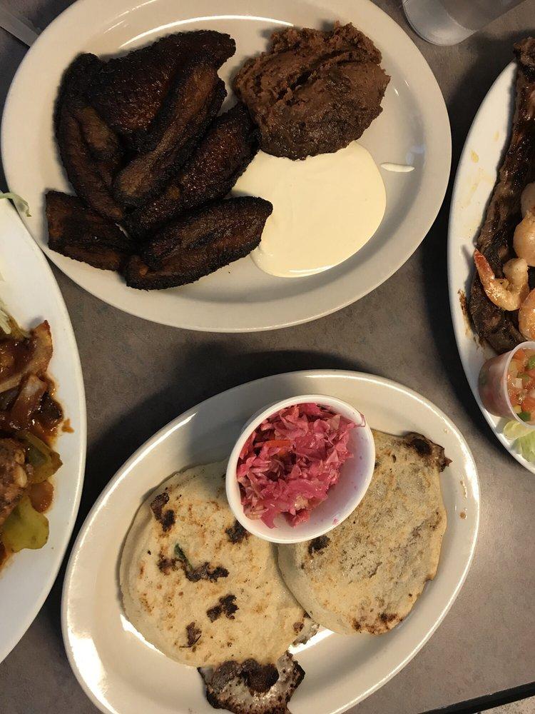Restaurant El Salvadoreño: 2900 Cerrillos Rd, Santa Fe, NM