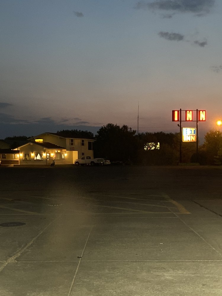First Interstate Inn: 20930 US Highway 6, Sterling, CO