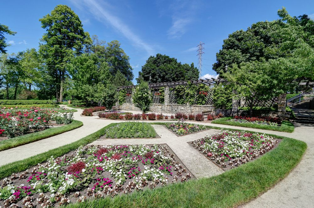 Formal Gardens, featuring 18 annual flower beds, 6 colorful ...
