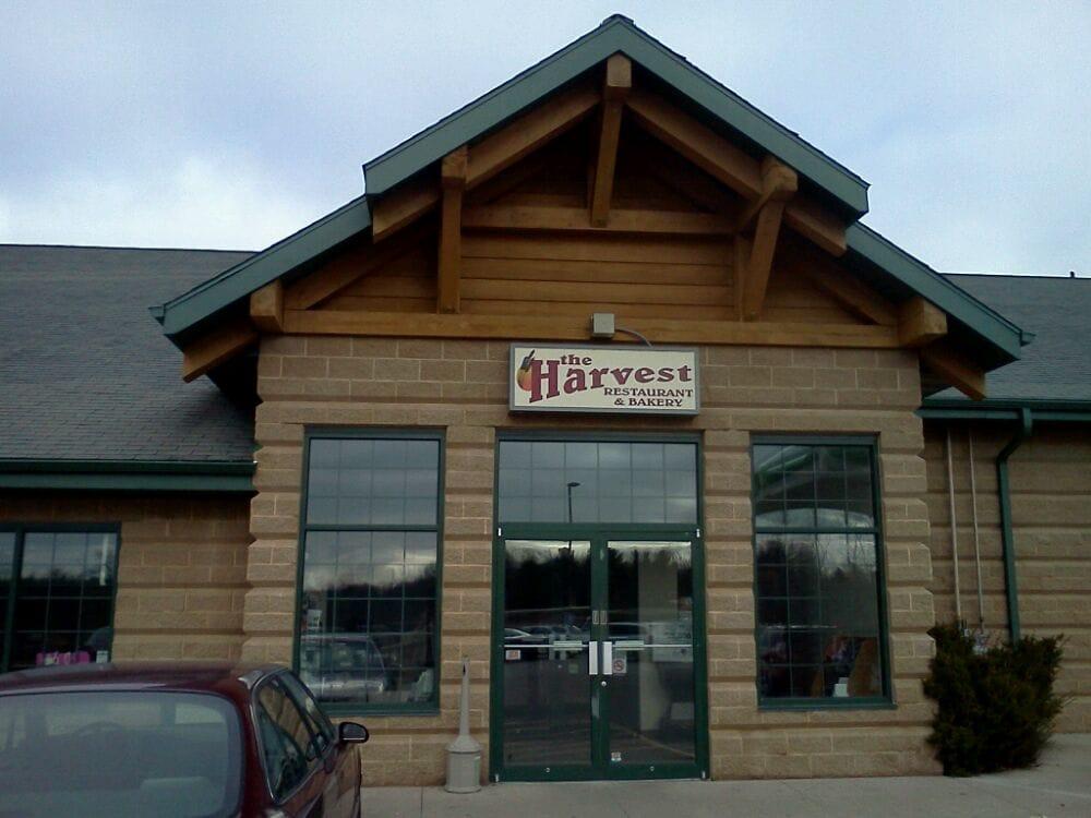 Harvest Restaurant & Bakery: W17256 Red Oak Ln, Wittenberg, WI