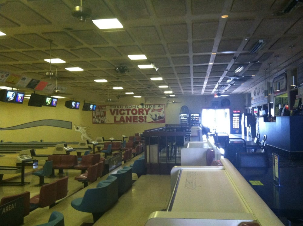 Victory Lanes - Bowling - 1801 W Station St, Kankakee, IL - Phone ...